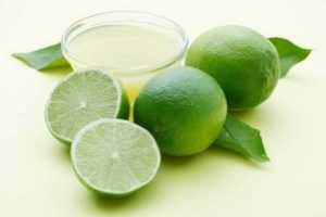 Lemon juice for pimple on lip
