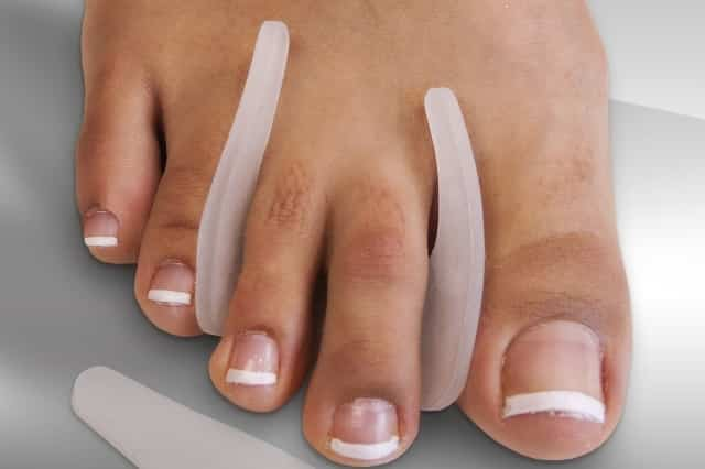 Gel toe, form wedges and separator gel to prevent corns on toes